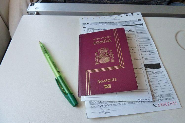 Президент упростил получение гражданства рф украинцам и не только. новый закон в 2019 году.