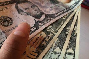 Как получить деньги со счетов по наследству?